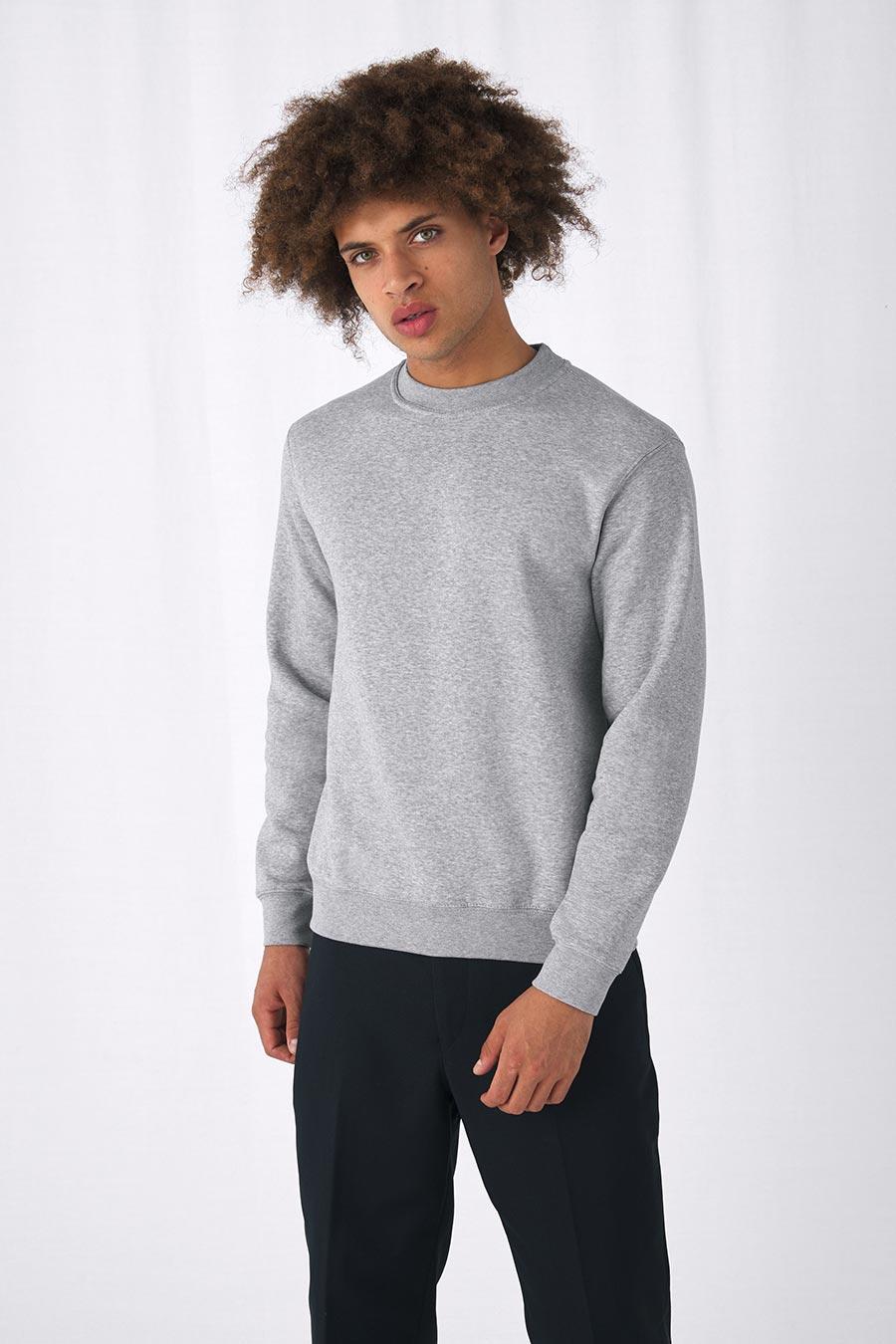 WU600 Set-in Sweater
